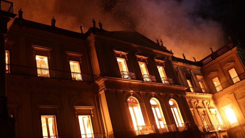 Os 5 Vilões dos últimos incêndios em prédios Públicos.